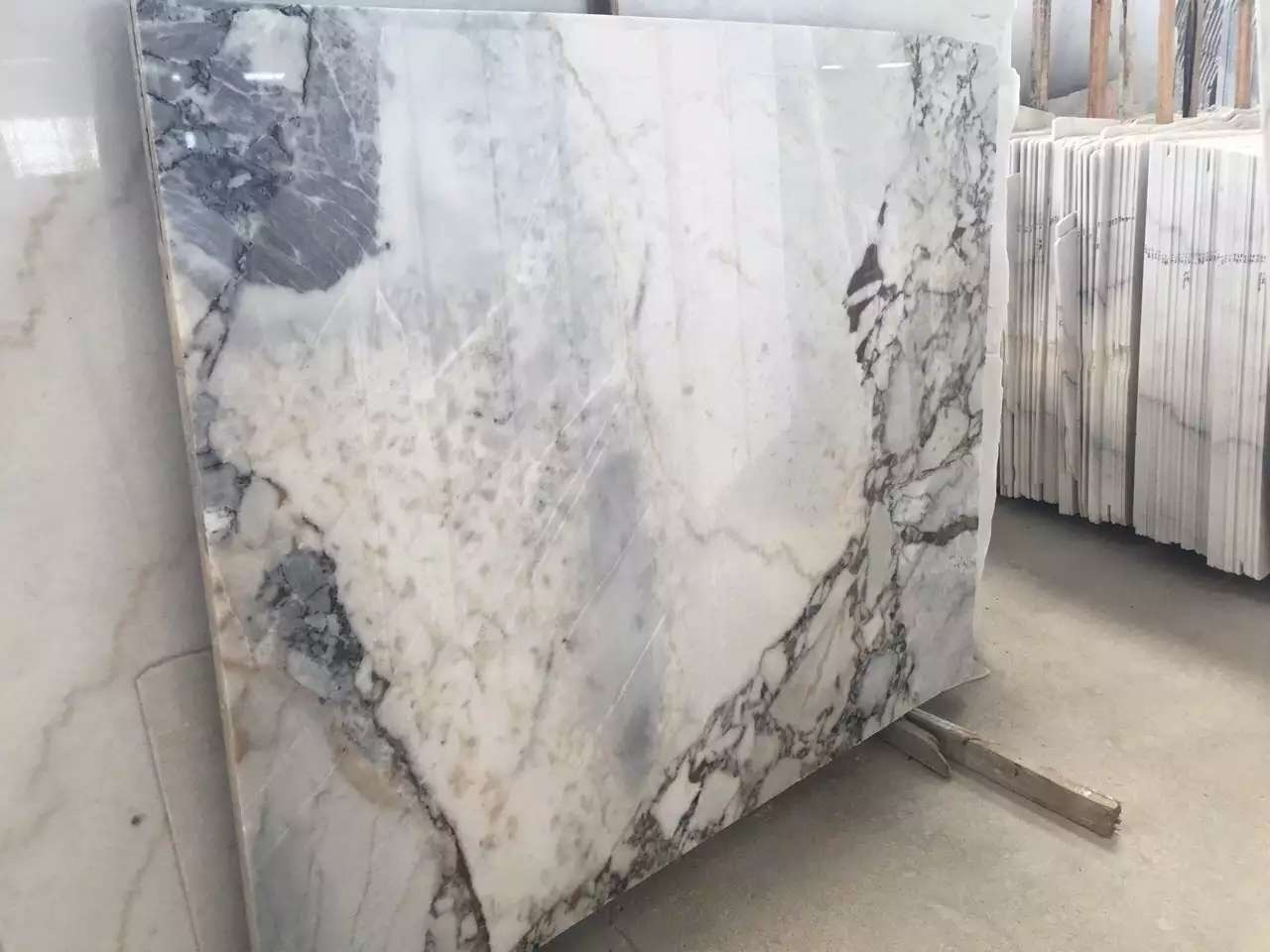 Guangxi White Marble(Fanstastic) (5)