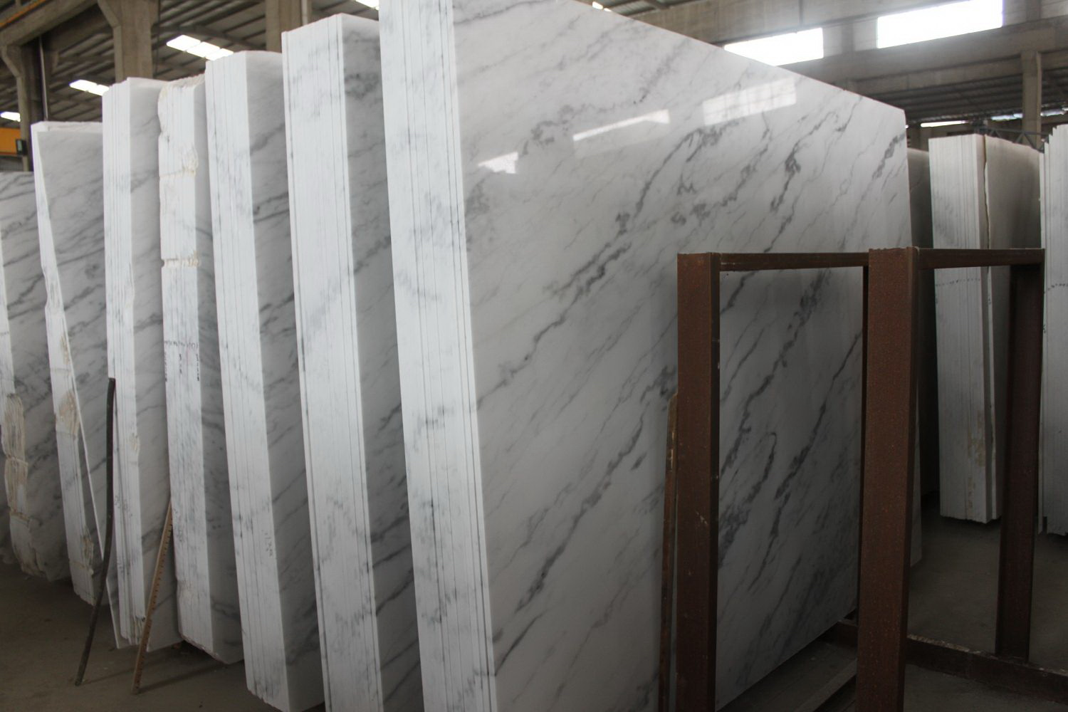 Guangxi White Marble-Arabescato  (1)