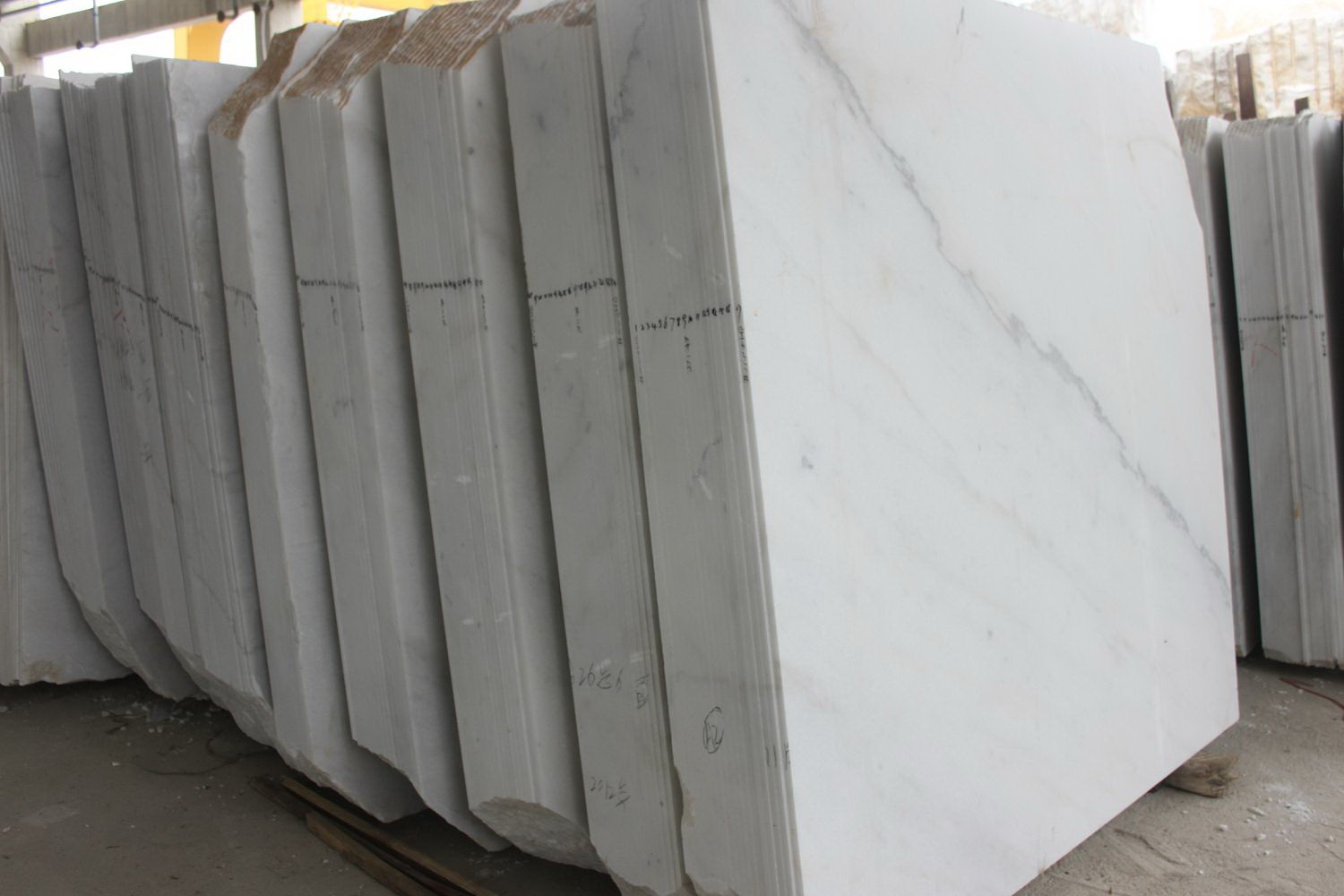 Guangxi White Marble-Arabescato  (10)