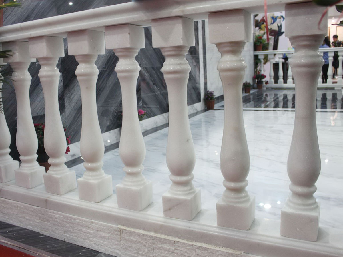 Guangxi White Floor & Balustrade (Stone Covering)